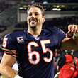 Chicago Bears lose another leader: tenured longsnapper Patrick Mannelly retires