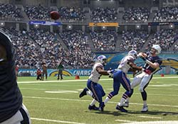 Madden NFL 16 - QB throwing motion not disrupted