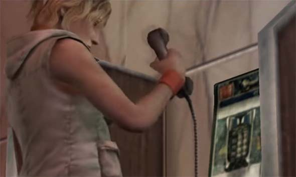 Silent Hill 3 - Heather using pay phone