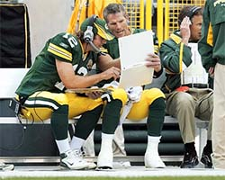 Favre mentoring Rodgers