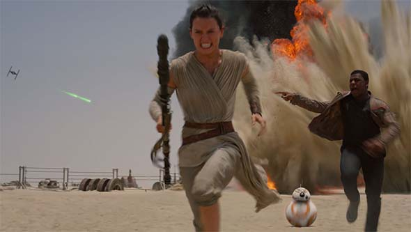 Star Wars the Force Awakens - running from TIE assault