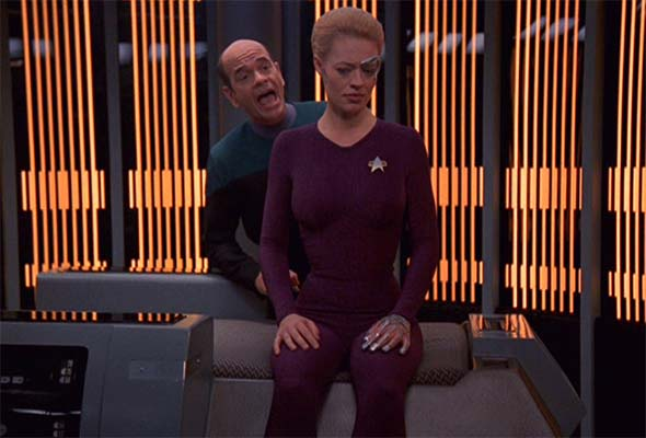 Star Trek: Voyager - Seven of Nine and Doctor