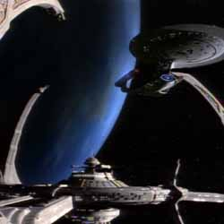 Star Trek: DS9 - Enterprise docked