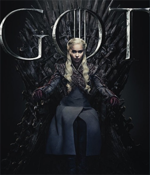 Game of Thrones - Daenerys on Iron Throne