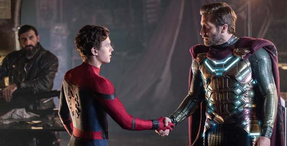 Spider-Man Far From Home - Peter and Mysterio