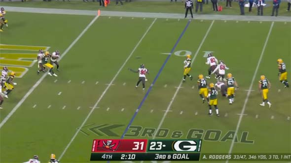 Aaron Rodgers should have run