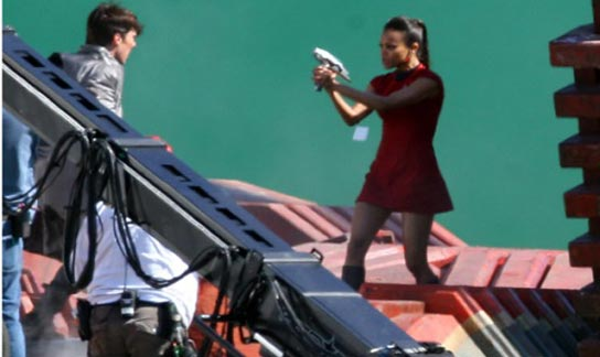Star Trek 12 - Benedict Cumberbatch battling Uhura