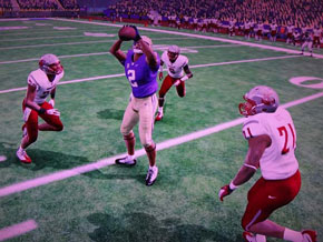 NCAA Football 13 - limited interaction