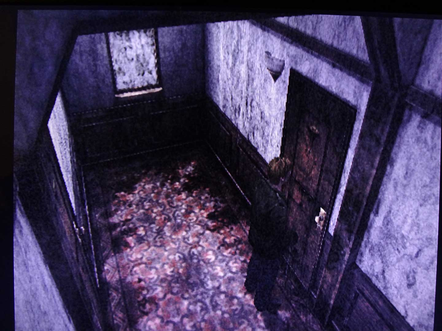 Silent Hill 2 - Lakeview Hotel hallway transition 1